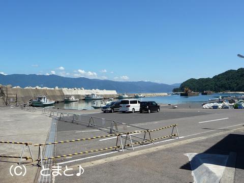 立石漁港駐車場