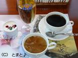 朝食 スープ・ジュース・ヨーグルト・コーヒー